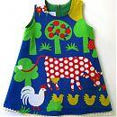 98cm hihton mekko, lehmä & kukko, sininen/vihreä
